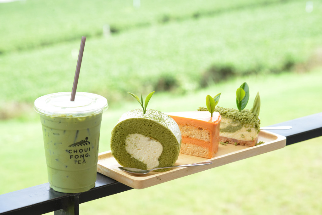 Choui Fong Tea Plantation_cafe_1(cake - 110b and drink - 60b)-min-min